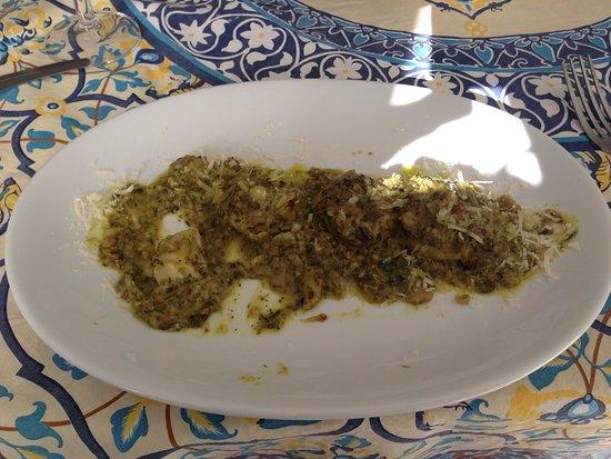 Casa Mia: Un angolo meraviglioso di Kerkennah, cibo bio eccellente di alta cucina. Pesce fresco, antipasti di pesce.