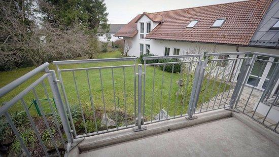 Vaterstetten, Německo: Aussicht in den Garten