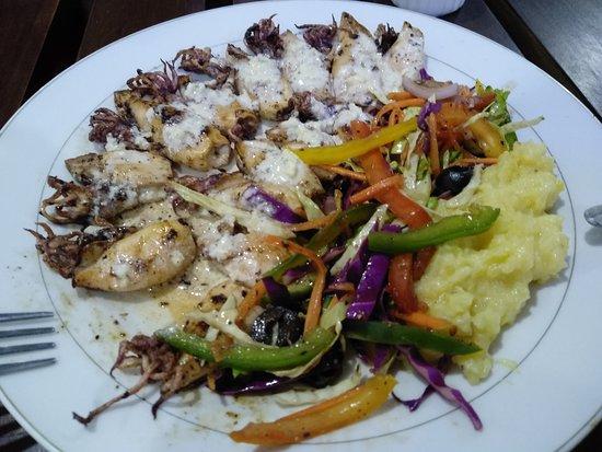 Priyamoon Cafe and SeaFood Restaurant: Velmi dobré.