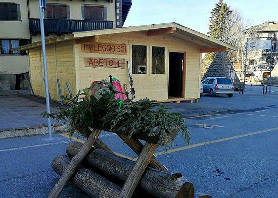 Ecco l'unica sede del nuovo noleggio sci Abetone..