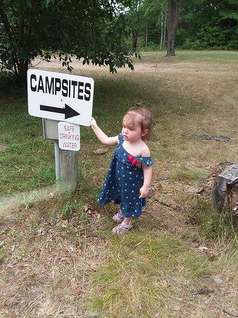 เวสต์บรานช์, มิชิแกน: she showing the mom and dad where to go