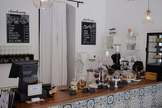 Café Ausnahmsweise: counter with cakes