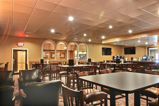 Benvenuto's Bar & Grill