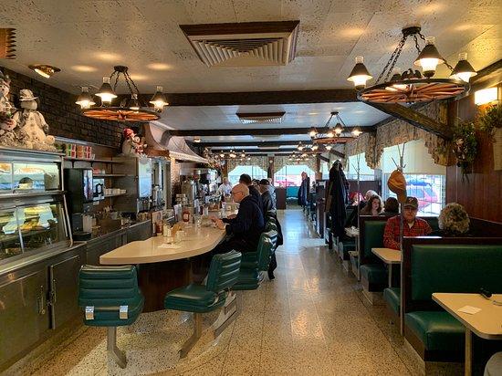 Boyertown, PA: Inside our original Swingle Diner!