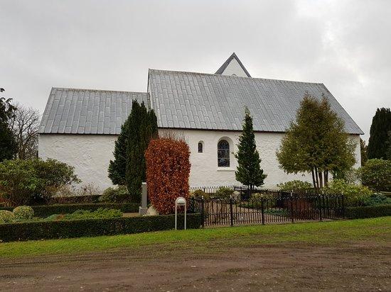Pjedsted Kirke