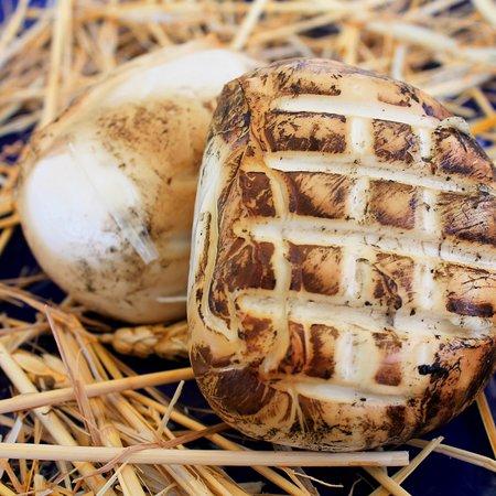 Mozzarella 100% Latte di Bufala affumicata con Paglia di Grano