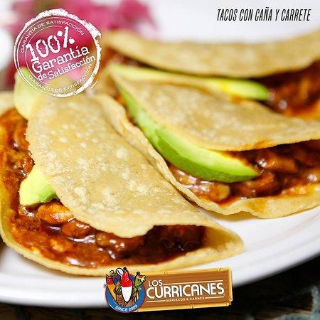 Los Curricanes - Calle México: Tacos con Caña y Carrete
