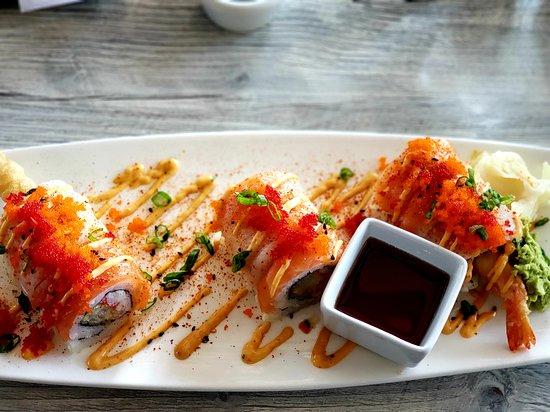 The Cowfish Sushi Burger Bar: Fusion Roll