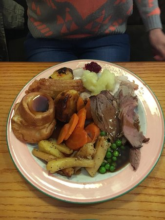 Bickleigh, UK: Beef and Pork