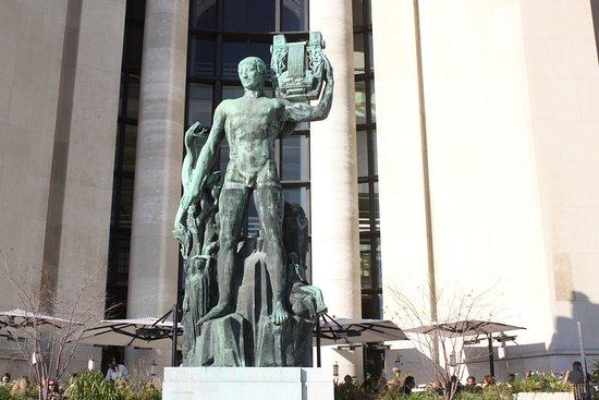 Statue d'Apollon Musagete