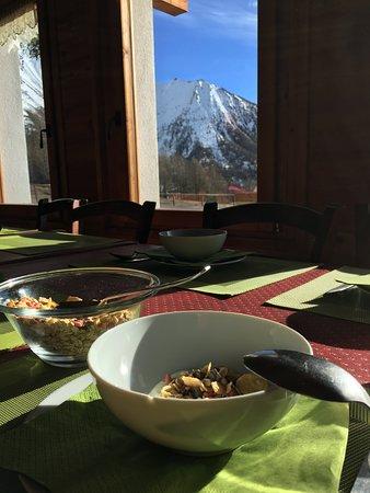 Usseaux, Italie : Colazione con vista