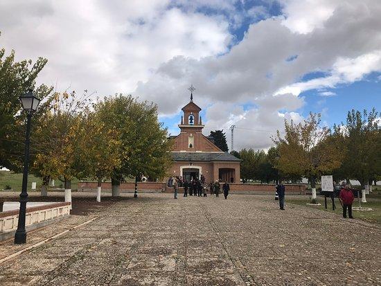 Paracuellos de Jarama, إسبانيا: Capilla del cementerio.