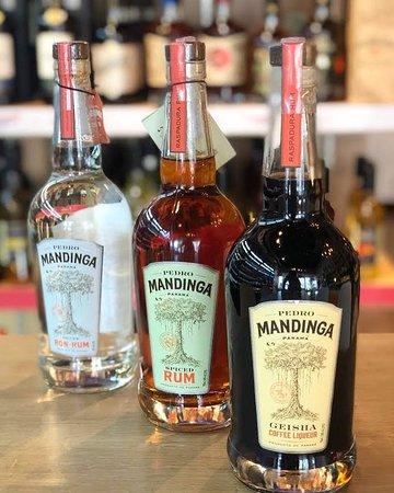Mandinga Panamanian artisan Rum