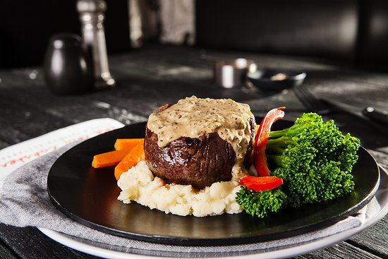 The Lazy Lobster: Eye Fillet Steak with Pepper Sauce