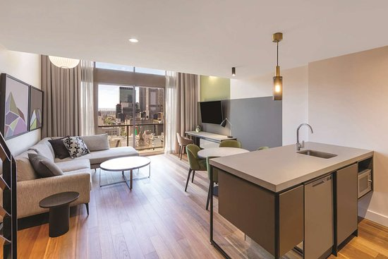 adina apartment hotel melbourne one bedroom penthouse lounge room