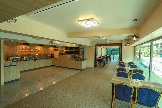Hotel Rose Hill: Buffet Area