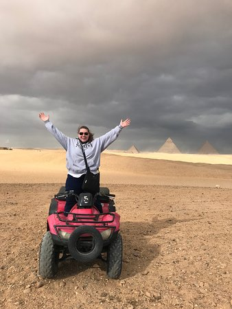 4-wheeling by the Pyramids