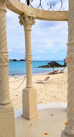 Sandals Royal Bahamian Spa Resort & Offshore Island: Beautiful beaches