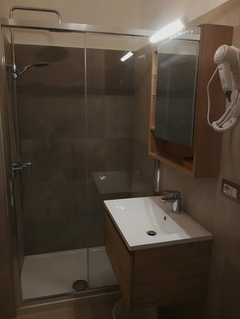 Rooms in Rome: Stanze rinnovate