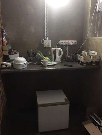 Potchefstroom, South Africa: Our kitchen in our room, some rooms didn't even have a fridge or kettle