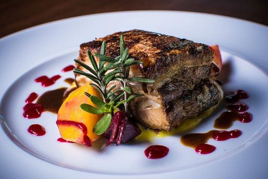 Azafran Restaurante Bar: Pork Belly with Saffron Potato Mousseline & Beets