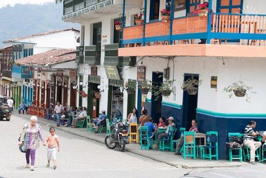 Excursión de dos días desde Medellín...