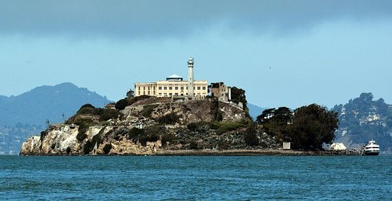 Alcatraz y Ripley's Believe It or Not...