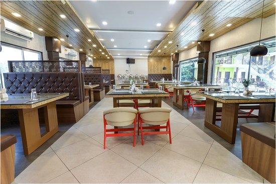 Murti, Indien: Restaurant