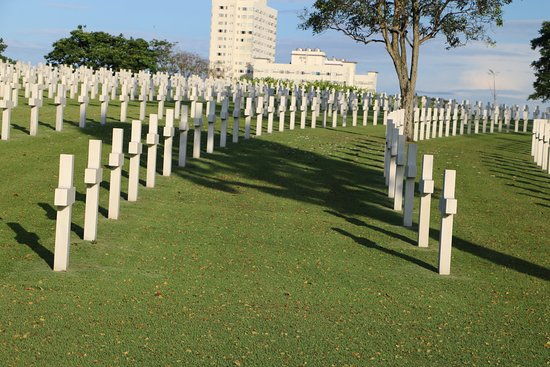 Manila American Cemetery and Memorial: Most of the grave markers were imported Italian marble.