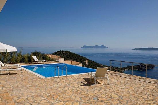 Pool - Picture of Dream View Villas, Lefkada - Tripadvisor