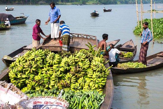 Район Барисал, Бангладеш: Floating Vegetable market