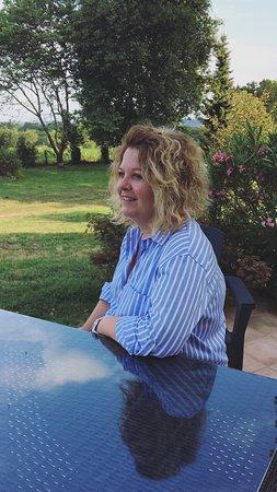Angoume, France: Valérie Propriétaire
