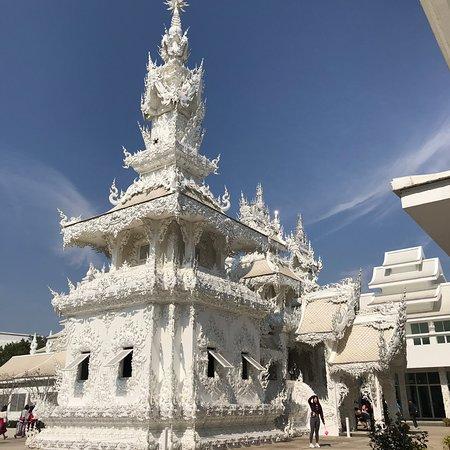 Prachtige tempel maar veel te druk