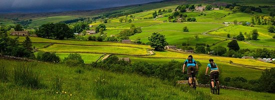 View from the Nidderdale Way. Looking down towards Studfold