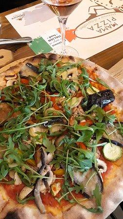 Vegetarische Pizza auf Sonderwunsch ohne Mozzarella