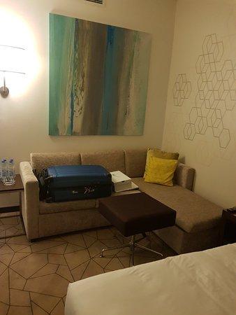 Hyatt Place Dubai Baniyas Square Photo