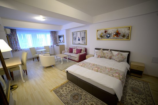 Bucur Accommodation: Superior double no balcony
