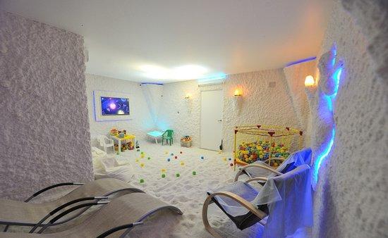 Khimki, รัสเซีย: Интерьер соляной комнаты