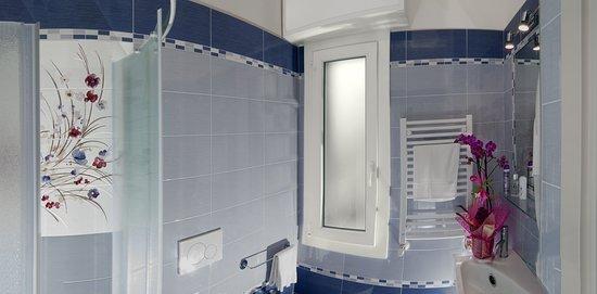 Toilette Camera Superior - Hotel Letizia