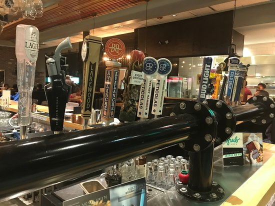 Grub Burger Bar: Craft beers on tap