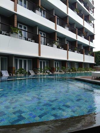 Hotel nyaman dan menarik dekat tugu jogja