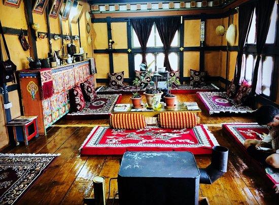 Paro, Bhutan: Dining of Aum Choden