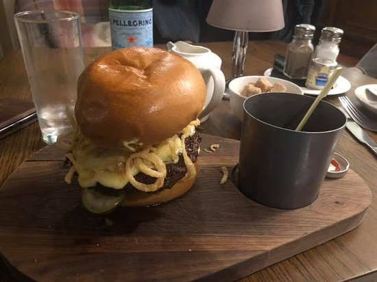 Portmarnock Hotel and Golf Links: The Jameson Burger. Super tasty
