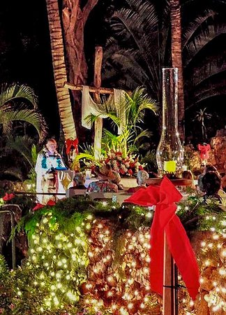 Christmas Eve under the stars is not to be missed.  It's spiritually magical.