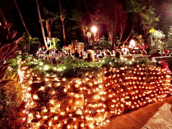 Christmas Eve decorations for the outdoor sanctuary make the evening a most memorable way to celebrate Christmas