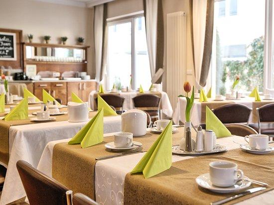 Dorfen, Germany: Frühstücksrestaurant