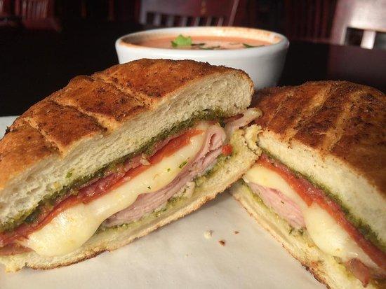Lebanon, OR: Italian sandwich