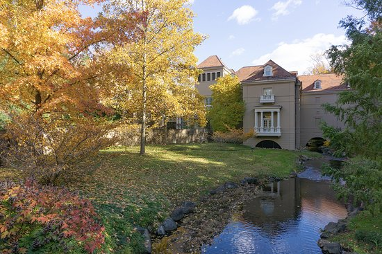Winterthur, DE: One lovely view, of the many, to be had on the estate.