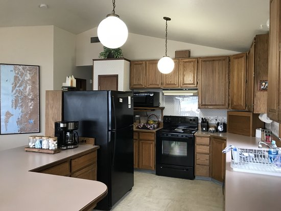 Nordic House Bed & Breakfast: Kitchen for rooms 5,6 and 7