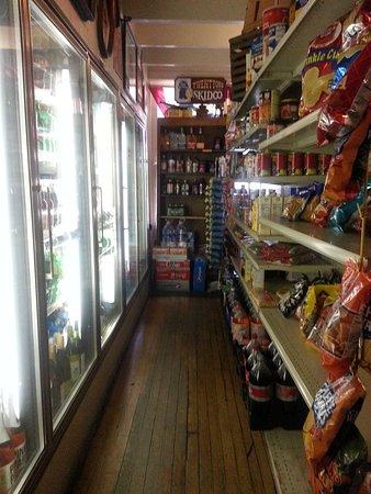 Old Mission, MI: Alcohol & snacks